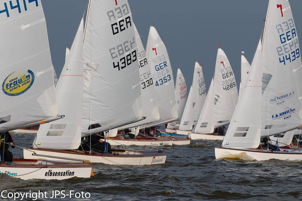Dmmerfinale2015b